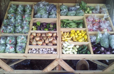 produce-stand-summer